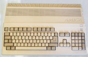 Amiga 500 (1987) (ORD.0009.P/Funciona/Ebay/01-04-2014)