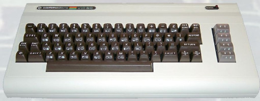 Commodore VIC 20 (1981) (ORD.0028.P/Funciona/Ebay/03-11-2015)